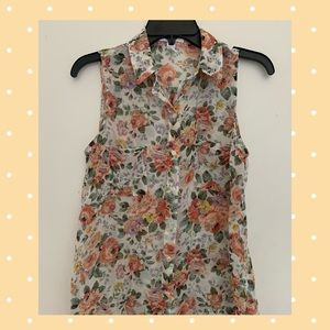Ambience Apparel Floral Blouse Size S